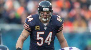 The Bears' Brian Urlacher Calls It A Career
