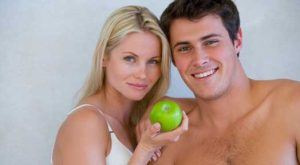 7 Simple, Natural and Inexpensive Ways to Look More Youthful