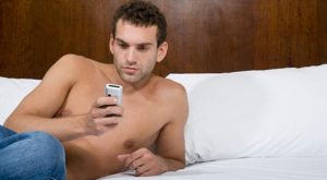 Dos and Don'ts of Sexting for Men