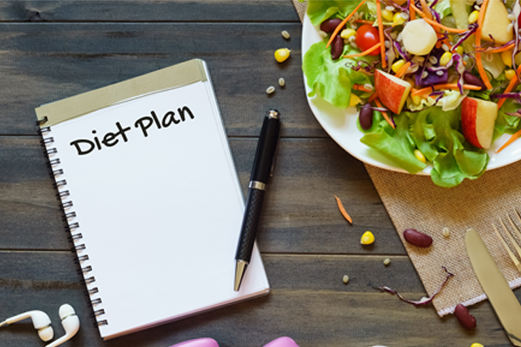 How to Perfect your Workout Regimen for Long Term Success - nutrition tracking